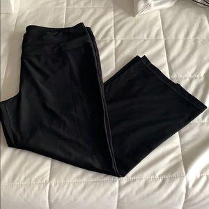 NWOT Calvin Klein athletic capris size large